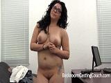Mamada, follada vaginal y anal en su primer casting porno
