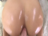 Folladón anal para la culona al estilo perrito