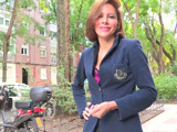 Secretaria madura española desvirgando al pobre vecino pajero